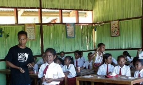 Kegiatan belajar mengajar di Papua Barat