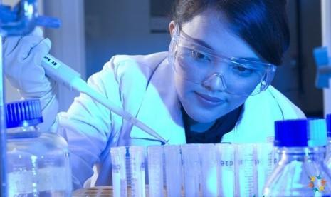 Proses membuat vaksin di Bio Farma